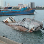 """Boat that's been tipped over for a long time <a style=""""margin-left:10px; font-size:0.8em;"""" href=""""http://www.flickr.com/photos/59134591@N00/8269137335/"""" target=""""_blank"""">@flickr</a>"""
