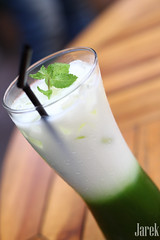 Green Tea Fragnance (Jareeeeek) Tags: cold green indonesia yummy tea drink delicious fancy bandung latte beverages foodphotography