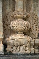 A two headed cow (VinayakH) Tags: talakad karnataka india temple hindu chola gangadynasty hoysala carvings vaidyeshvara kirtinarayana