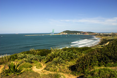 Port of Imbituba (Larissa Cadorin) Tags: natura port porto imbituba playa praia mar mare waves surfing surf brasil coast bay green costa baia ocean sul canon t3i canonflickraward