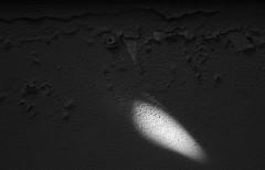 textura (jssgarca) Tags: punto point luz light textura texture muro wall contraste contrast desconchados spalling