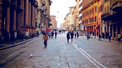 Bologna's T-Day (Miro Mannino) Tags: street people birds bikes bologna tday