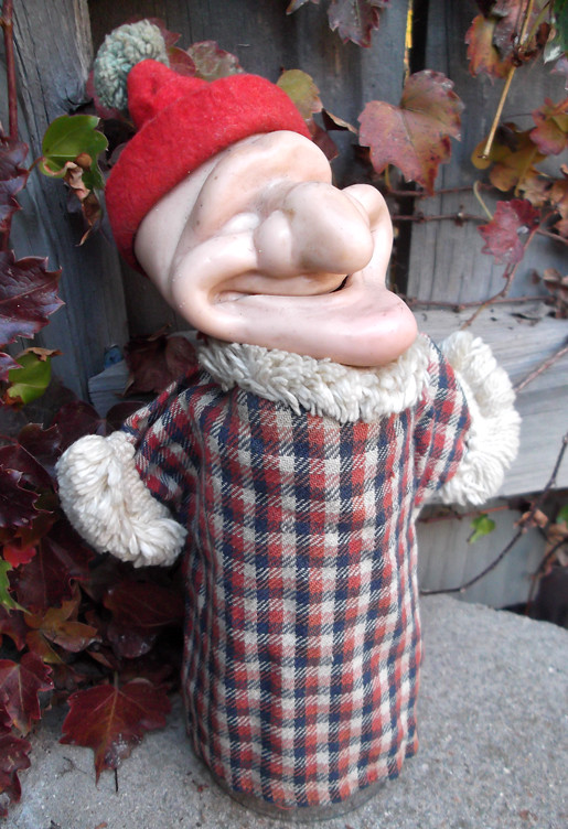 Hand puppet fetish