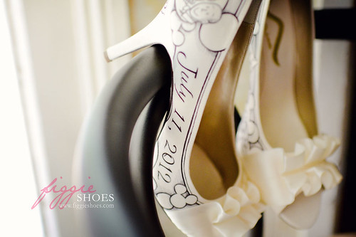 nancy l hidden mickey disney themed wedding shoes