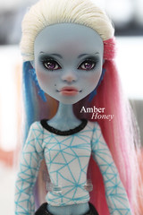 Abbey Bominable (Amber-Honey) Tags: abbey monster skull amber high mod doll ooak honey custom shores mattel repaint bominable