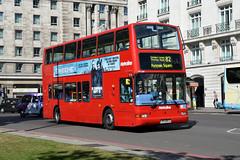Metroline TPL288 LR02BCU (Howard_Pulling) Tags: camera uk autumn bus london buses photo nikon photos president transport picture september dennis marblearch 2012 trident metroline plaxton route82 tpl288 hpulling howardpulling d5100 service82 lr02bcu
