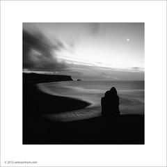 Moonrise at Vik, Iceland (Ian Bramham) Tags: moon landscape iceland crescent vik waning