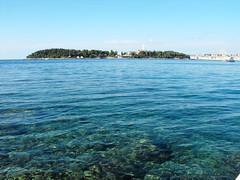 Beach of Rovinj (Sandrine Vivs-Rotger photography) Tags: blue croatia rovinj clearwater esenciadelanaturaleza