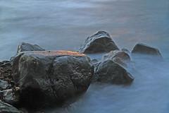 Stenbumlingar 4 (Quo Vadis2010) Tags: motion water se movement sweden air sverige westcoast vatten luft movements halmstad tylsand halland longtimeexposure rrelse motions vstkust tyludden irrelse lngexponeringstid rrelser