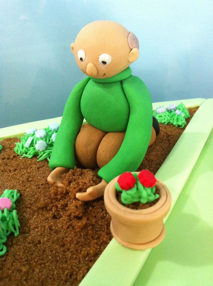 The world 39 s best photos of fondant and gardening flickr for Gardening 80th birthday cake