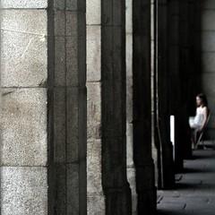 pillars and portraits (gregjack!) Tags: madrid street light people girl lines spain shadows geometry streetphotography espana pillars portriat plazadeespana