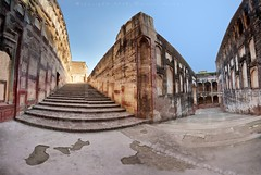 The Elephant Path / Hathi Poll - Lahore Fort (z) Tags: pakistan panorama elephant fort path lahore lahorefort mughalarchitecture  vertorama