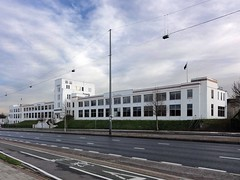 The Carillion Building in Brentford (Maxwell Hamilton) Tags: uk building artdeco carillion hounslow brentford greatwestroad greaterlondon brentforda4
