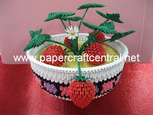 3D Origami Strawberry Bowl 1