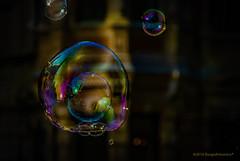 Bolle di sapone riflessi e trasparenze (Borgo Armonico) Tags: bolledisapone riflessi trasparenze bolle sapone