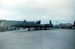 A1606E 17964 SR-71A Blackbird Mildenhall 24May87 (fergusabraham) Tags: 17964 sr71a usaf lockheed blackbird 9srw mildenhall