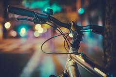 Bike detail | Serie (eliezede.com) Tags: bicicleta bike bici serie bokeh luz luces light nikon night reflejos contrast