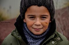Retrato de un Juego (Kuyen Fotografas) Tags: nio juego barro arcilla
