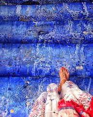 Dans les profondeurs de la Ville Bleue Chefchaouen Blue Feet Person Personal Perspective Outdoors Streetphotography Stairs Walking EyeEm Best Shots Taking Photos The Week On Eyem (olganevodnyk) Tags: chefchaouen blue feet person personalperspective outdoors streetphotography stairs walking eyeembestshots takingphotos theweekoneyem