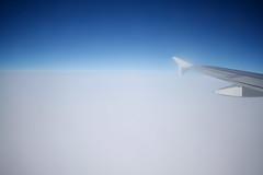 _MG_4748be (Katinka Irrlicht) Tags: canon d500 airplane window flugzeug fenster sky foggy nebelig over clouds flgel flugzeugtrger wings travelling reisen fliegen flying