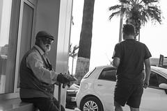 A Napkin Seller (illetyus / Instagram @illetyus09) Tags: street sell seller old man illetyus09 illetyus atakan alpaknc kusadasi