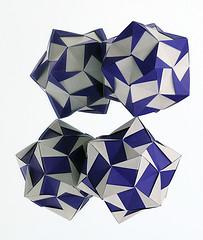 Rain Star / Estrella de la Lluvia (Aldos Marcell) (De Rode Olifant) Tags: rainstar origami paper paperfolding tutorial evanzodl marjansmeijsters polyhedron modular rectangle pattern star aldosmarcell estrelladelalluvia estrella