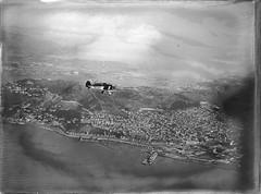 157; Aeroplane flying over Wellington (Wellington City Council) Tags: wellington historicwellington 1800s 1900s 1950s