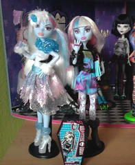 My new Abbeys (Just a Nobody) Tags: house abbey monster high doll candy rules frankie coffin fashiondoll stein playset ghoul ghoulia