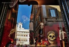 ci vorrebbe una magia..... (Fr Fr) Tags: roma vetrina mago riflessi vetro magia montecitorio soluzioni