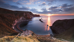 Man of War Bay Sunrise (awhyu) Tags: seascape man photography bay coast war andrew dorset yu jurassic