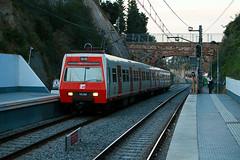 Metro del Valls. (J.Bonet) Tags: del de la metro 111 catalunya uic 18 floresta 68 valles fgc generalitat vallvidrera ferrocarrils 11118