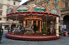 Panning Shot of Carousel in Piazza della Repubblica, Florence (Antonio Iacovelli) Tags: street italy florence italia carousel tuscany firenze toscana merrygoround panning piazzadellarepubblica