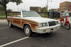 1984 Chrysler LeBaron Town & Country Convertible (2 of 6) (myoldpostcards) Tags: auto cars car nose illinois classiccar vintagecar automobile antiquecar woody townandcountry convertible il chrome 1984 jacksonville chrysler mopar autos grille oldcar frontend towncountry woodie lebaron motorvehicle collectiblecar chryslercorporation 61111 plazacarshow 15thannual centralparkplaza myoldpostcards vonliski june112011