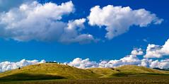 landscape of dreams (Jos Mecklenfeld) Tags: landscape minolta hill hills romania 5d konica dynax carpathians landschap heuvel roemenië karpaten românia konicaminoltadynax5d harghita joseni carpaţi