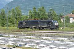 ES 64 F4 106 (Kequet) Tags: train nikon kevin italia zug domo treno f4 italie keke nikond3200 domodossola mrce d3200 d32 dispolok es64 mrcedispolok es64f4 f4106 es64f4106 kevinbitry d32d kequet kequetbitry kequetbibi domodossolastazione