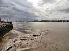 Low tide in Liverpool (Claire Wroe) Tags: liverpool mersey river tide water sand mud bottom quay sky cloud merseyside albert dock birkenhead low tidal