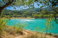 Lago del Turano (skynyrd_01) Tags: calma tranquillit lago del turano cornice barca bagnasciuga nikon d600 24120 lexar 16gb francesco cristiani lake boat verde