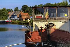 Pniche  la retraite (chando*) Tags: barge bateau boat canal decay nicalflo pniche ronquires rouille rust