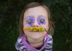 Purple and yellow (trois petits oiseaux) Tags: kids purple yellow complimentarycolors chasingcolor flowers nature child silly funny
