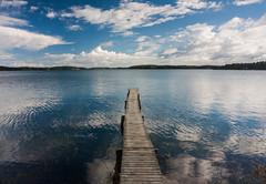 IMG_1700-1 (Andre56154) Tags: schweden sweden sverige schären archipelago wasser water ufer küste coast meer ozean ocean sea himmel sky wolke cloud steg bridge spiegelung refection reflexion