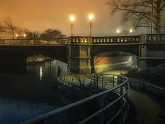 Schwanenwikbrcke (redstarpictures) Tags: bridge germany deutschland canal nightshot hamburg kanal brcke alster nachtaufnahme norddeutschland aussenalster alsterlake schwanenwik eilbekkanal schwanenwikbruecke