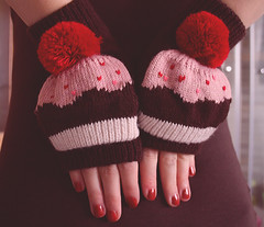 Cutest present ever! ^^ () Tags: christmas xmas pink winter red selfportrait snow cold detail cute me girl beautiful beauty canon wow happy eos amazing hands december colours heart czech sweet awesome fingers young adorable happiness cutie nails cupcake delight gift surprise present czechrepublic moment lovely nailpolish delicate merrychristmas dreamer mittens delightful 2012 detal 40d canon40d