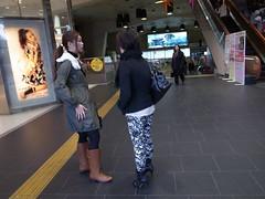 Flickr photo/待ち合わせ (EL.F) Tags: street japan photography candid snap 日本 名古屋 街 写真 カメラ 日常 路上 スナップ ストリート 単焦点