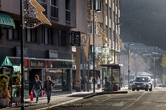 Andorra city views: Andorra la Vella (lutzmeyer) Tags: pictures city winter sunset photography town europe december afternoon sonnenuntergang sundown photos pics centre capital hauptstadt ciudad center images fotos stadt invierno dezember andorra bilder imagen diciembre pyrenees iberia ciutat pirineos pirineus iberianpeninsula pyrenen imatges hivern desembre nachmittag andorralavella iberischehalbinsel stadtgebiet andorracity carrerbonaventuraarmengol lutzmeyer lutzlutzmeyercom