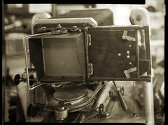 Anaca 13x18 multipost, back of the prodigy (O9k) Tags: camera stilllife film analog studio back papernegative posterior 4x5 largeformat 9x12 schneider viewcamera cameraporn selfdeveloped filmholder 13x18 homedeveloping symmar spanishcamera sinarp partetrasera anaca multipost directpapershot