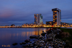 Between day and night (Janslb) Tags: blue water geotagged rotterdam raw nightshot nightview bluehour hdr nesselande zevenhuizerplas allrightsreserved 1exp vinexwijk blauweuur sicilieboulevard
