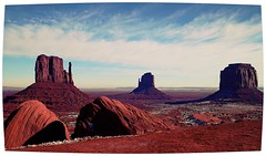 press L :0) () Tags: snow monumentvalley navajotribalpark themittens