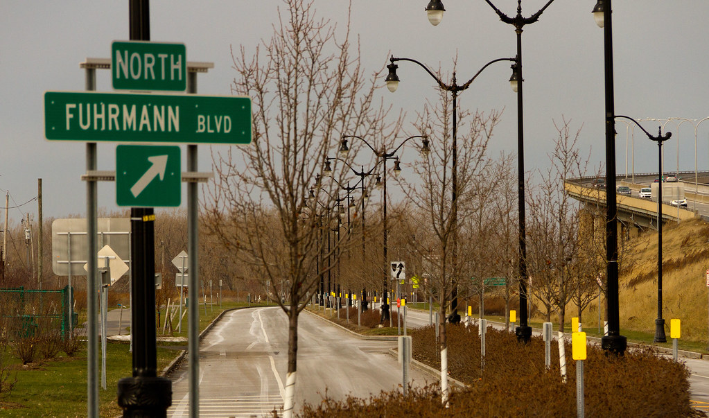 Fuhrmann Blvd North