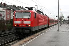 143 606-2, Dsseldorf-Oberbilk (Howard_Pulling) Tags: station train canon germany deutschland december gare zug bahnhof trains german dusseldorf bahn 2011 dsseldorfoberbilk 400d