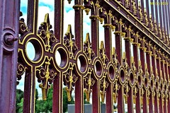 DSC_0088n wb (bwagnerfoto) Tags: wien vienna bcs urban hofburg volksgarten fence city pattern outdoor geometry minimal
